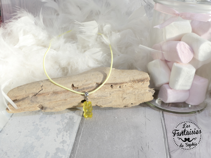 collier ours jaune