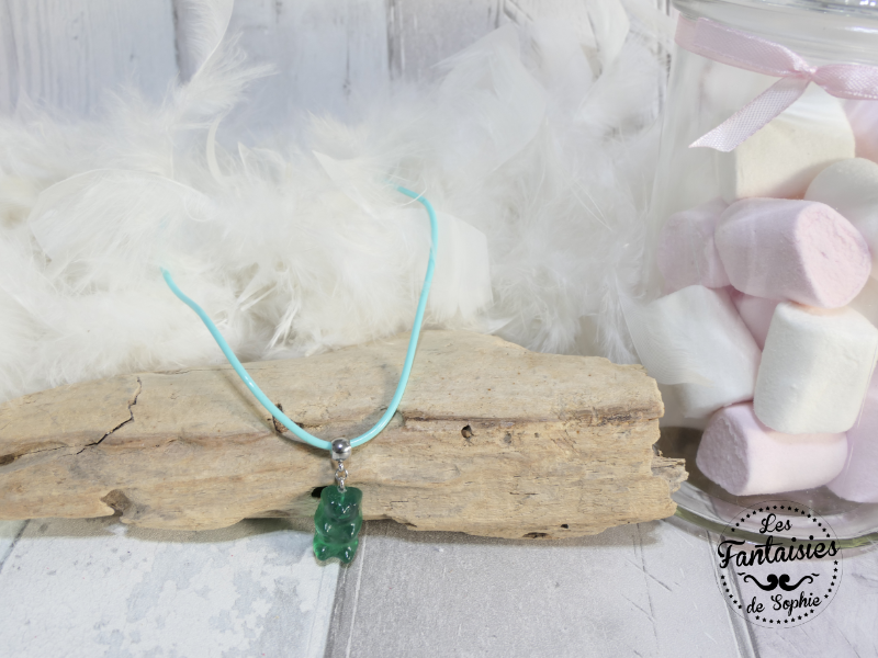 collier ours vert